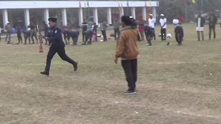 ভিডিও টা দেখেন মজা পাবেন।। আজব প্রতিযোগিতা খেলা।। BD Police Funny Game
