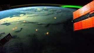 Filmato mozzafiato della terra vista dallo spazio - ISS NASA 28 & 29