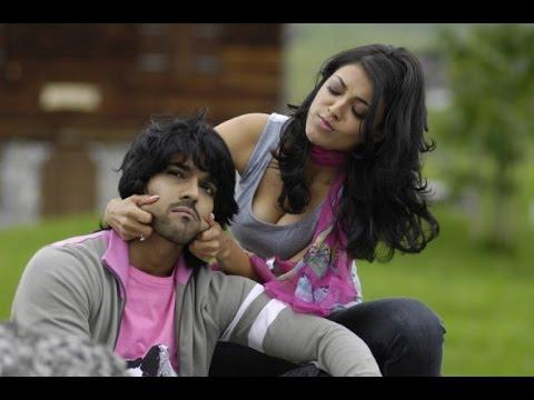 Kajal Agarwal hot boobs bouncing video