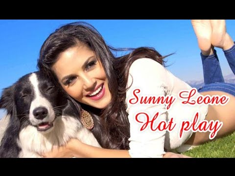 sunny leone HOT PLAY with DOG