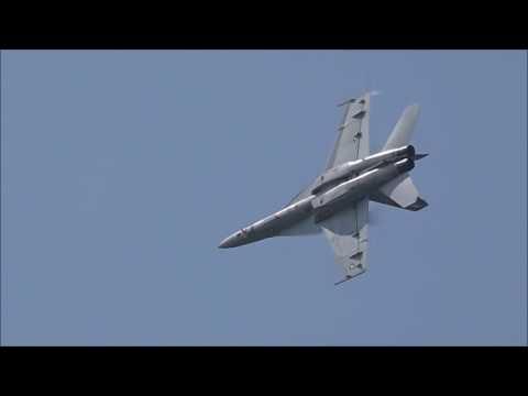 F-18F Super Hornet Demo 2016 Nas oceana air show