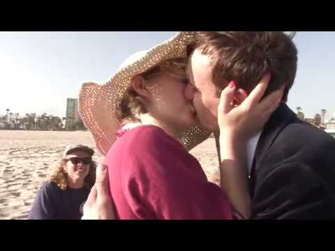 Kissing Card Trick turning into instant make outs - Benno Six magic #18