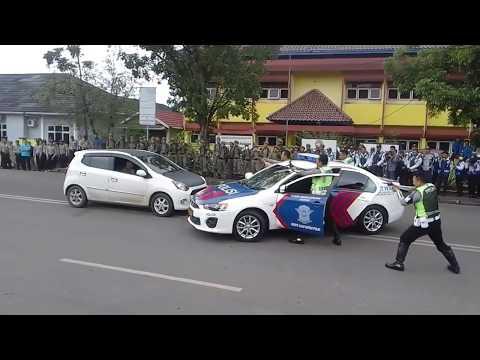 Xxx Mp4 Atraksi Mobil Polisi Kejar Pelaku 3gp Sex