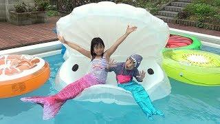 人魚になったよ!! サメに食べられる~!!!?  プール こうくんねみちゃん mermaid shark Attack Pool
