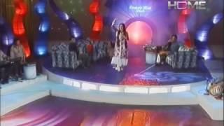 পাকিছতানি মহিলার কন্টে এতশুন্দর গান