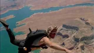 Skydiving / Point Break 1991