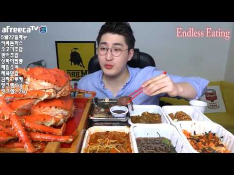 5 KG King Crab and Korean Noodles Eating Stream By Korean Handsome Guy
