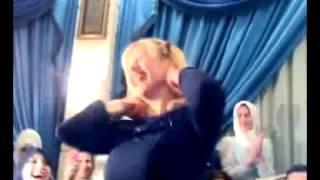 رقص بنت مصرية في فرح رقص افراح شعبية رقص بنات في افراح الشوارع رقص بنات في فرح 2017