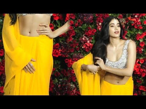 Xxx Mp4 Janhvi Kapoor S HOT Cleavage In Sleeveless Blouse 3gp Sex