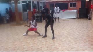 Retrânca de Toques com muita Dança e música no colégio kinbaba Luanda Angola (Afro House)