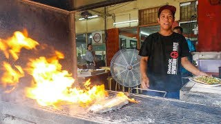 Best Filipino Food - Must-Eat GRILLED MILKFISH in Manila, Philippines!