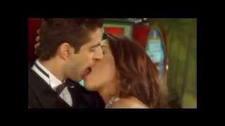 Mallika Sherawat Kissing in Kis Kis Ki Kismat-Romantic Lip Lock