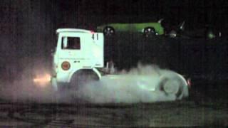 quemada de rueda con camion:team colorines