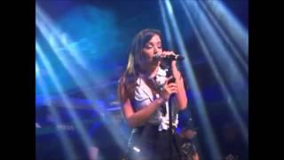 Anitta - Na sua Estante