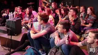 Las Vegas Academy sings Don't Stop Believin'