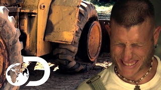 How (Not) To Hide 100 Gallons Of Moonshine | Moonshiners