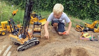 BRUDER TOYs Tunnel LONG PLAY! Truck recovery in Jack