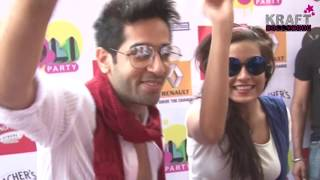Hot Celebrities CAUGHT UNCENSORED at Holi Party DON'T MISS IT !!