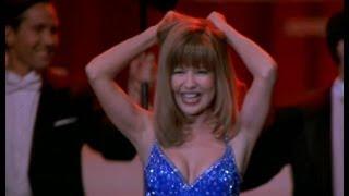 Naked Gun 33⅓: The Final Insult: Frank Drebin on the dance floor.