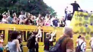 Love Parade 2006 - Put your hands up for detroit!