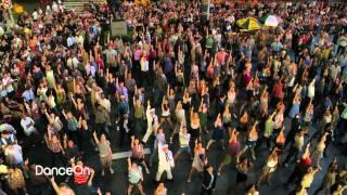 Friends with Benefits Dance Scene - Flash Mob w/ Justin Timberlake & Mila Kunis