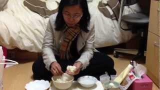 cara membuat onigiri (nasi kepal ala Jepang).MOV