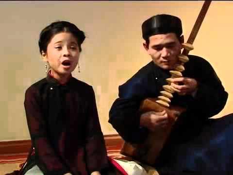 CA TRU Xam Viet Nam Music nature song by a teen