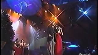 Kyla with Jose Mari Chan - Do You Hear What I Hear (SOP 2003)