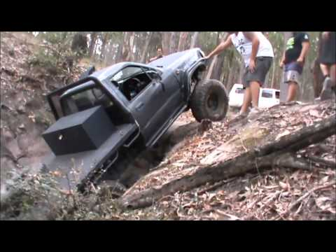 2.8 td Hilux 4x4 drives 'waterfall' at killy loop