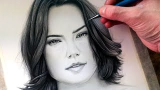Drawing Rey from Star Wars: The Force Awakens - Daisy Ridley - Fan Art Time Lapse