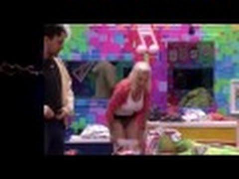 BBB14 Clara vacila e acaba mostrando demais ao trocar de Roupa 20 01 2014