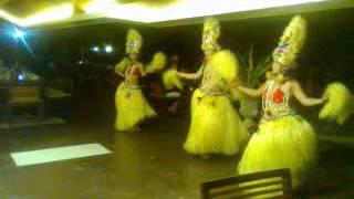 Hawaian dance 2