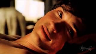 (Smallville) Clark & Lana [Give us a little love]