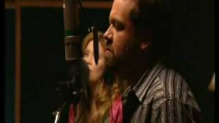 Alison Krauss - Whiskey Lullaby