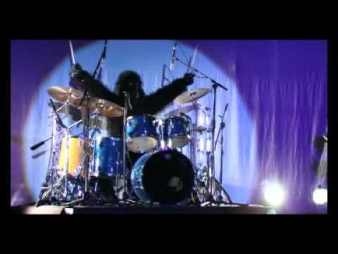 Gorilla Drum Solo Phil Collins Song Played Live