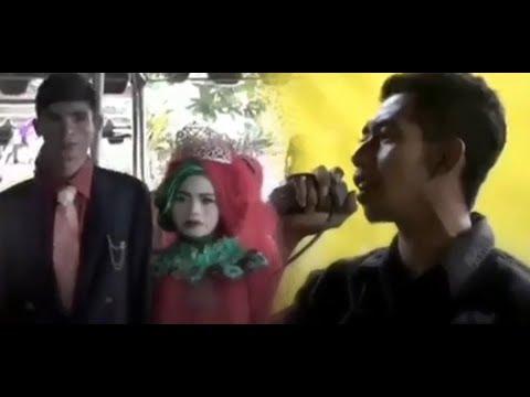 Video Viral! Nyanyi di Pernikahan Mantan, Pria Ini Berhasil Buat Keluarga Mempelai Ikutan Menangis