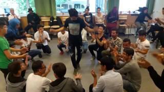 رقص بچه های افغانی در سوئد