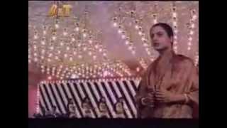 JEENE KE BAHAANE LAAKHON HAIN KHOON BHARI MAANG