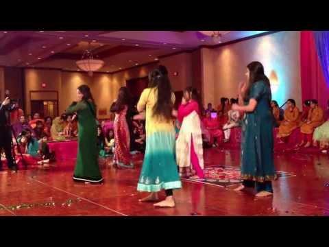 Faria s Mehndi Dance