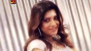 Bangla hot song  quot Je Manush Mon Bujhe Na quot  by Sabrina  1381115787