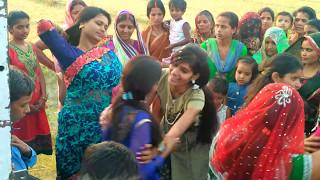 DJ  Bhojpuri Songs  |Desi Girls  Village Marriage Dance| Dance | Super Indian Girls vs Ladies