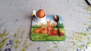 Restorate a Table Mat Using Decoupage - DIY Home - Guidecentral