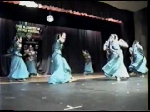 LAAL LAAL PHOOL - Gujarati Folk Dance / Garba