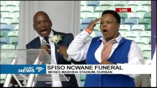 Motsoeneng pays his last respects to the late Sfiso Ncwane