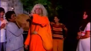 Aadmi Sadak Ka (1977)Basti Basti Nagari Nagari Kehdoh Gaon Gaon Mein !