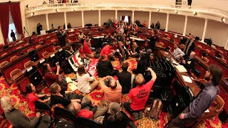 29 Arrested as Single-Payer Advocates Disrupt Vermont Gov. Shumlin's Inauguration