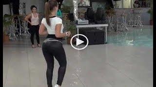Este Es El Baile Más Sensual Del Mundo. Está Causando Furor En Las Redes Sociales.
