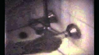 گوگوش در حمام --سال 1347