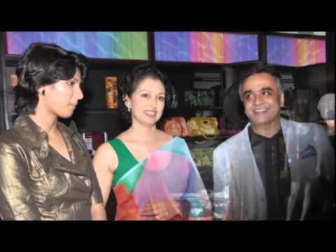 Xxx Mp4 Tamil Actor Kamal Hasan Third Wife Gautami With Her Daughter Rare And Unseen 3gp Sex