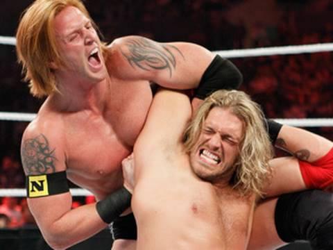 Raw: Edge vs. Heath Slater